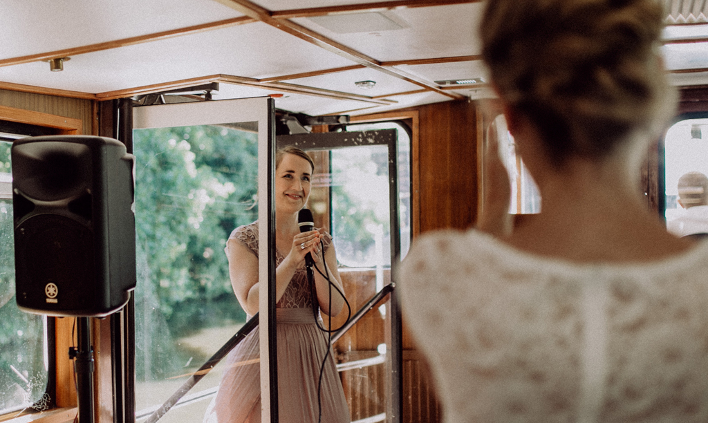 Hochzeitssängerin Miriam Lotz